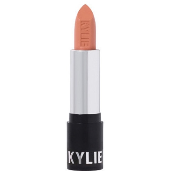 Kylie cosmetics crème lipstick in butterscotch